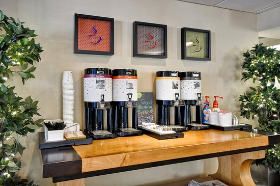 West Columbia, Carolina del Sur: Complimentary Coffee and Tea