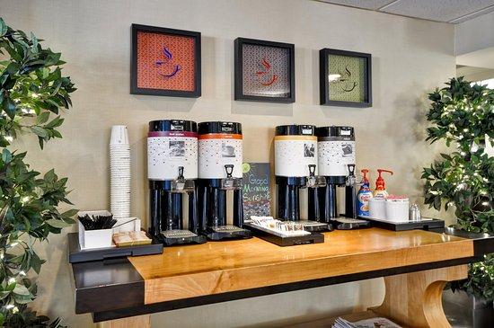 เวสต์โคลัมเบีย, เซาท์แคโรไลนา: Complimentary Coffee and Tea