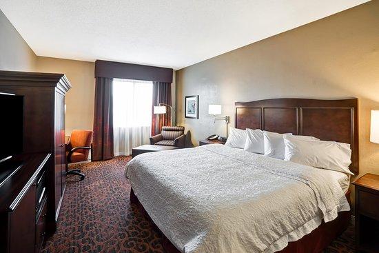 Glen Burnie, MD: King Room