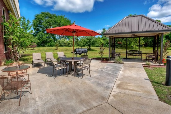 Clarksville, AR: Outdoor Patio