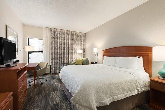 Woodbury, MN: Accessible Guestroom