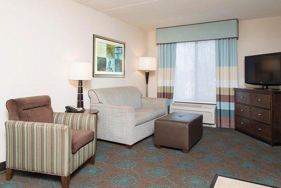 Kokomo, IN: Two Queen Suite