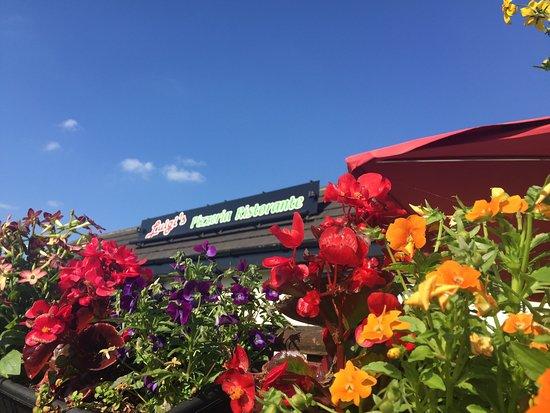 Batley, UK: Luigi's
