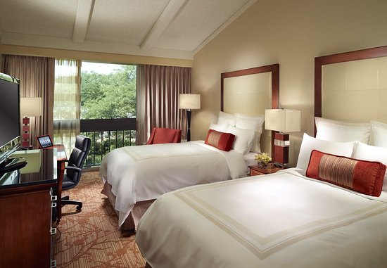 Lincolnshire, IL: Executive Double/Double Guest Room