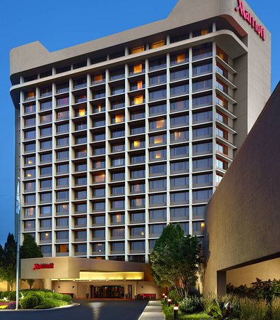 Nashville Airport Marriott: Exterior