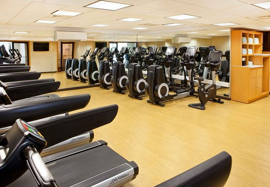 Burlington, MA: Fitness Center