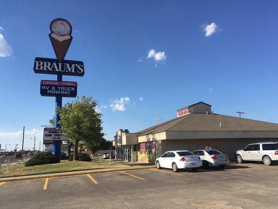 Dumas, Τέξας: Braum's