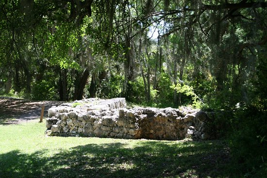 Saint Marks, FL: Ruined walls of the Spanish fort of San Marcos de Apalache.