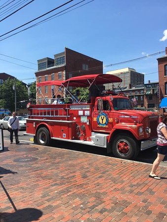 Portland Fire Engine Co.: photo0.jpg