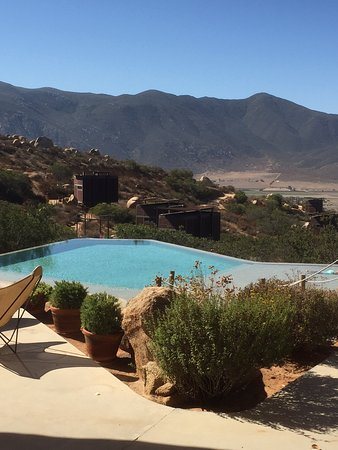 Encuentro Guadalupe: Pool with a view