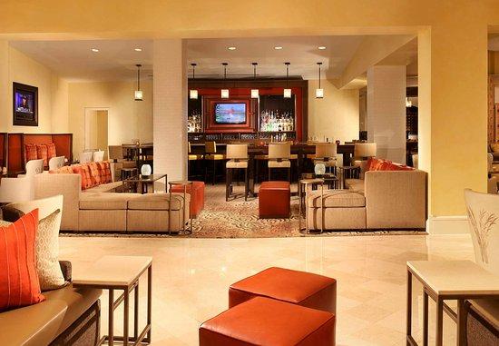 Sugar Land, TX: Denim's Lounge