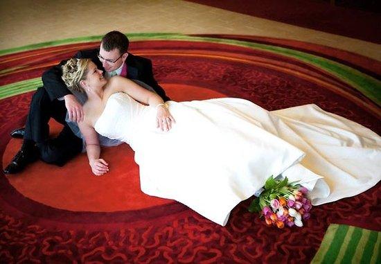 Coralville, IA: Joy Weddings by Marriott