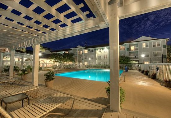 Residence Inn Wilmington Landfall: Outdoor Pool