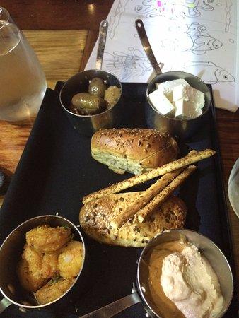 Beaumaris, Austrália: Breads and dips