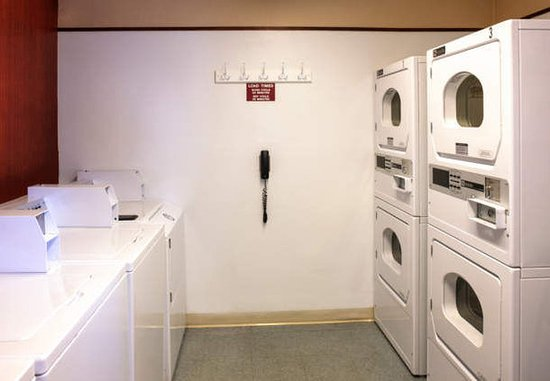 Greenwood Village, CO: Guest Laundry Room