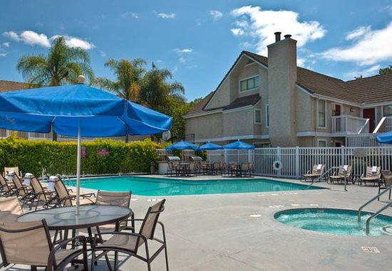 Sunnyvale, CA: Outdoor Pool & Whirlpool
