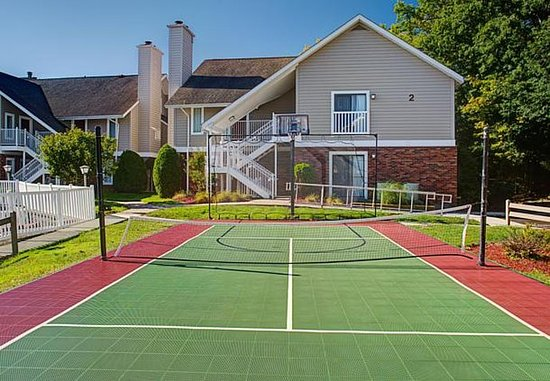 Vestal, نيويورك: Sport Court