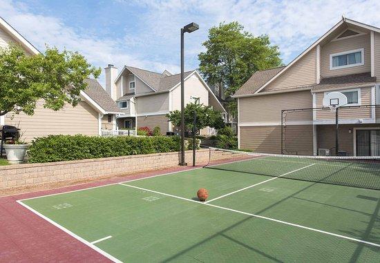 Lombard, IL: Sport Court
