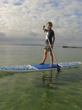 Toberua Island, Fiji: paddle board