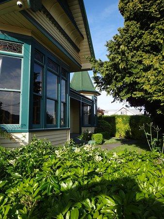 The Old Countryhouse: Garden