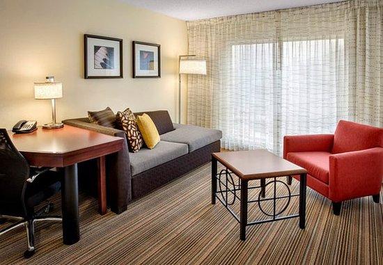 Westborough, MA: Suite Living Area
