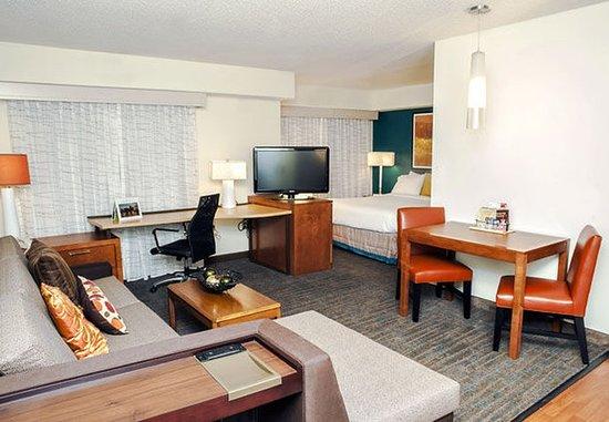 Residence Inn Louisville Airport : Studio Suite