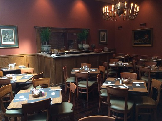 Greenwood, MS: Back dining room
