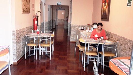 Pradera Verde Hostel: Cafetería