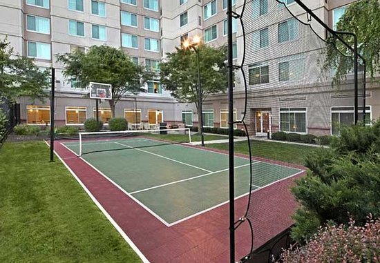 Conshohocken, PA: Sports Court