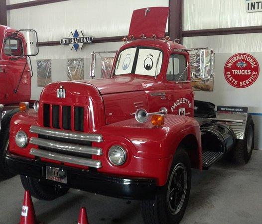 Leesburg, Φλόριντα: Single Seat Cab Highway Truck