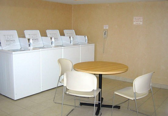Huntersville, Carolina del Nord: Guest Laundry