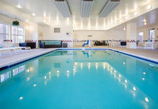 Bloomingdale, IL: Indoor Pool