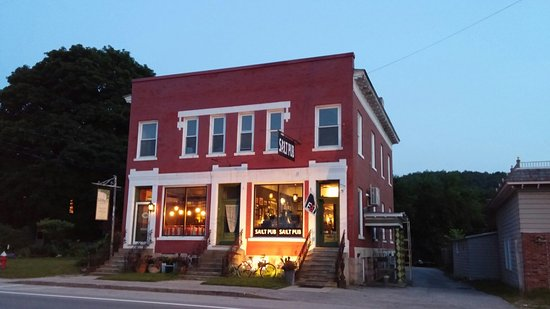 Libby's Bistro: 20160720_204555_large.jpg