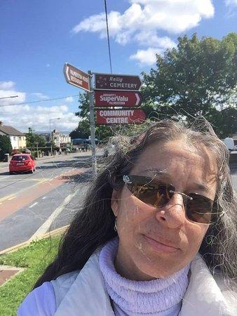Palmerston Park: en la parada del ruta 26 que me llevará a la escuela EF