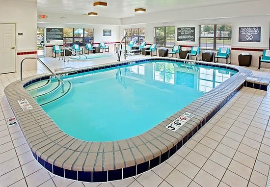 Merrillville, IN: Indoor Pool
