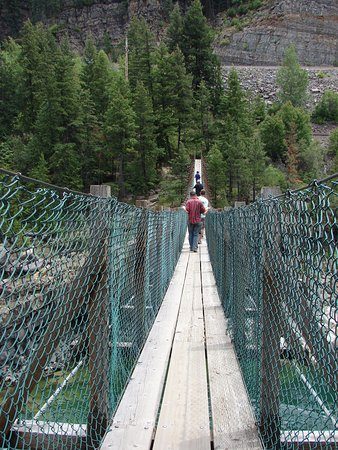 Libby, MT: only 5 people allowed on the bridge at one time