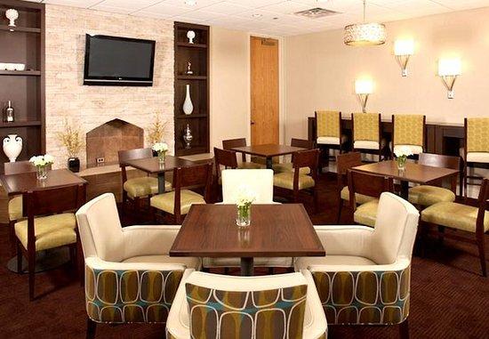 White Plains, NY: Hearth Room