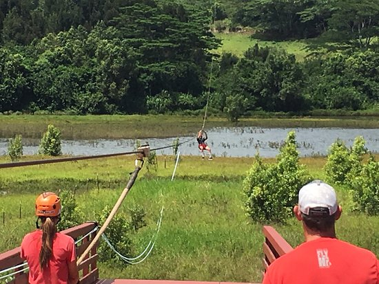 Koloa, هاواي: Killer time with my soon to be 18 year old son! Ziplining is a must and Koloa does a great job w