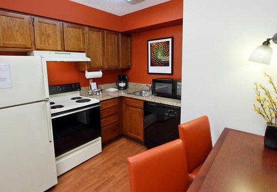 Milpitas, Kalifornien: Fully-Equipped Kitchen