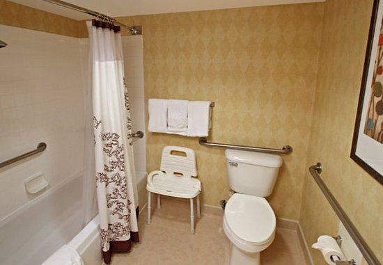 Milpitas, Kalifornien: Accessible Bathroom