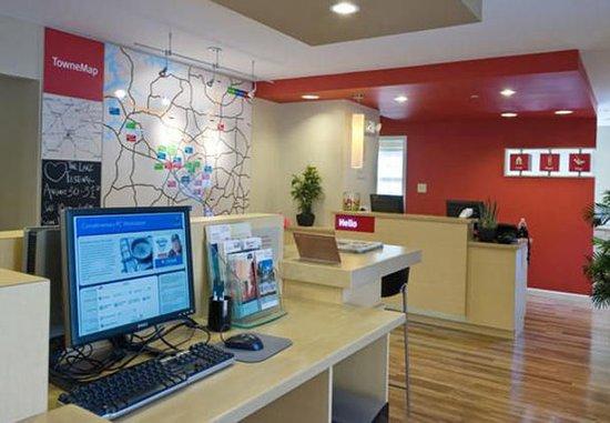 Kennesaw, GA: Business Center