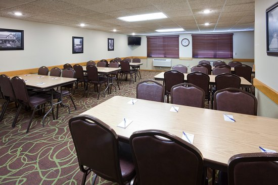 Americ Inn Sauk Centre Meeting Room