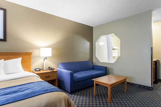 Seville, OH: Guest room