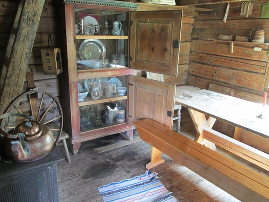 Bronnoy Municipality, Norwegen: Artifacts inside one of the buildings
