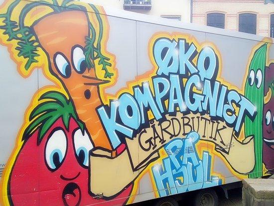 Kolding, الدنمارك: Kolding walking street food truck 