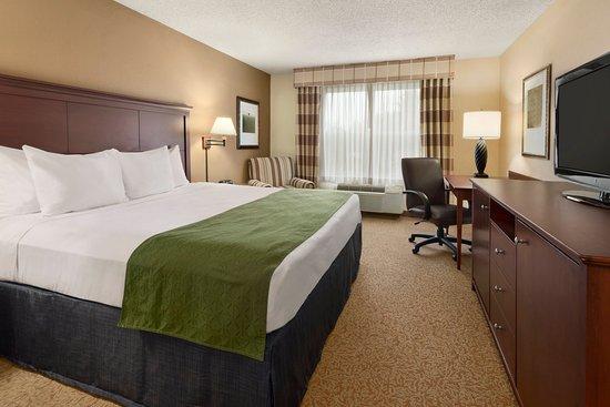 Stevens Point, WI: STEVOne King Guest Room
