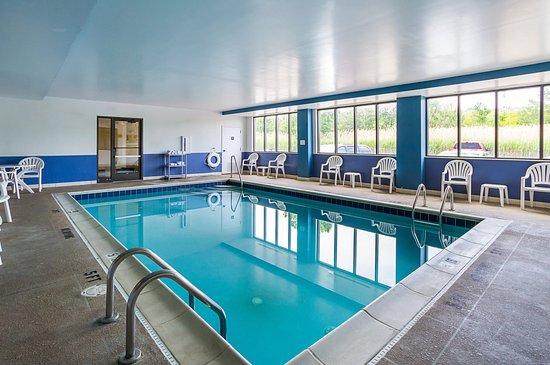 Twinsburg, OH: Pool