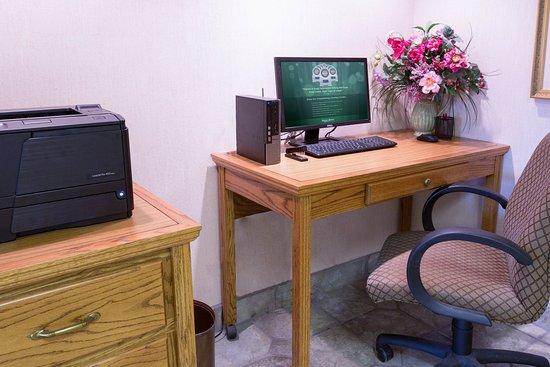 Pear Tree Inn Paducah: 24-Hour Business Center