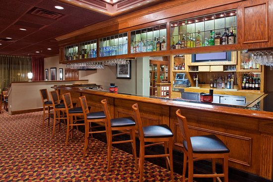 Boardman, OH: Bar and Lounge