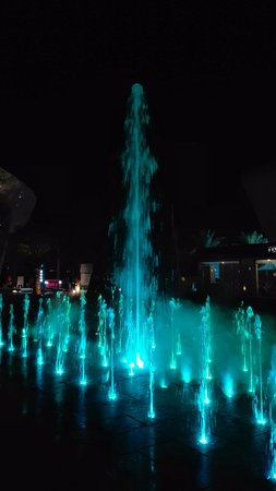 Yas Marina Musical Water Fountain